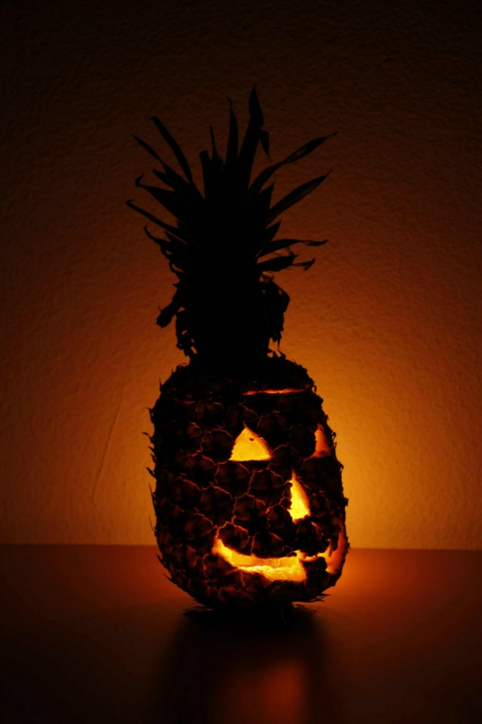 pineapple carving