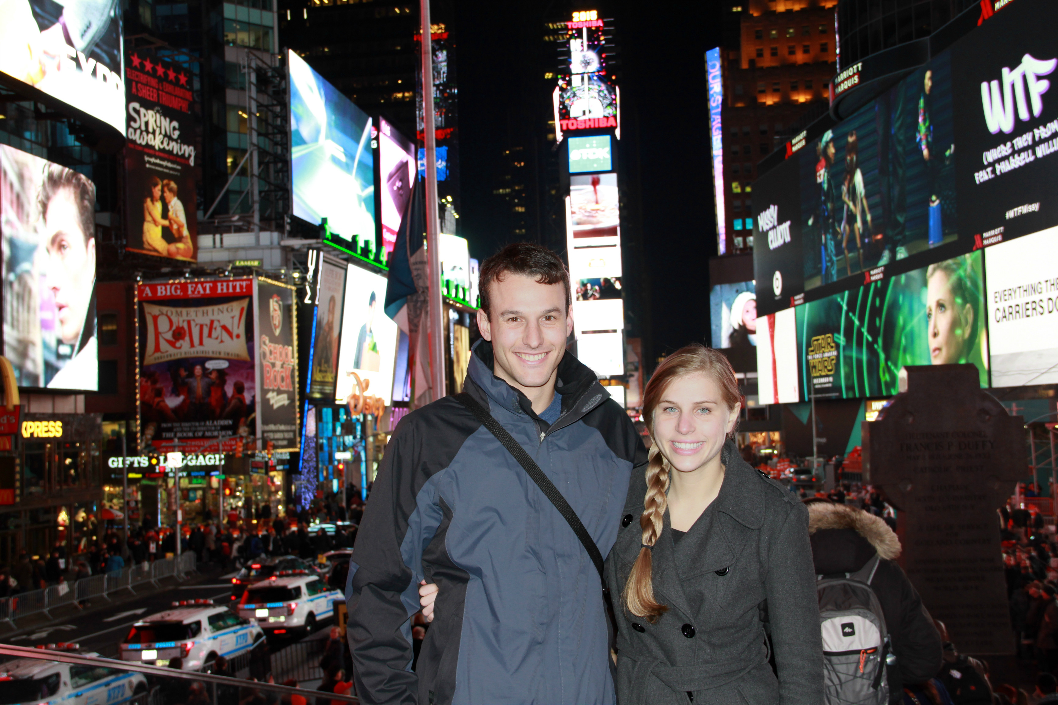 Top 10 things to do in nyc anne and spencer for Things to do around times square